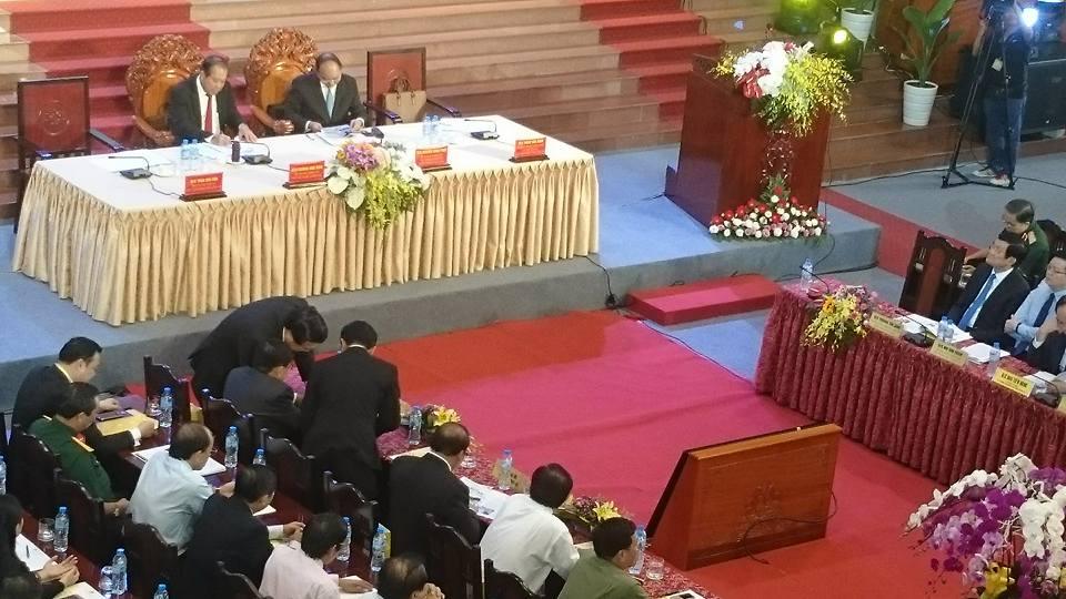 http://www.qdnd.vn/chinh-tri/tin-tuc-su-kien/thu-tuong-chinh-phu-nguyen-xuan-phuc-du-hoi-nghi-xuc-tien-dau-tu-tinh-long-an-490314