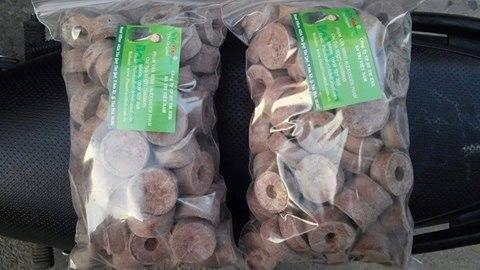 tránh tiếp xúc với Nước, không khí ẩm..Như vậy, chúng ta có thể bảo quản được Viên nén ươm hạt - Viên nén xơ dừa đến 12 tháng mà khi mang ra vẫn có thể dùng bình thường,..